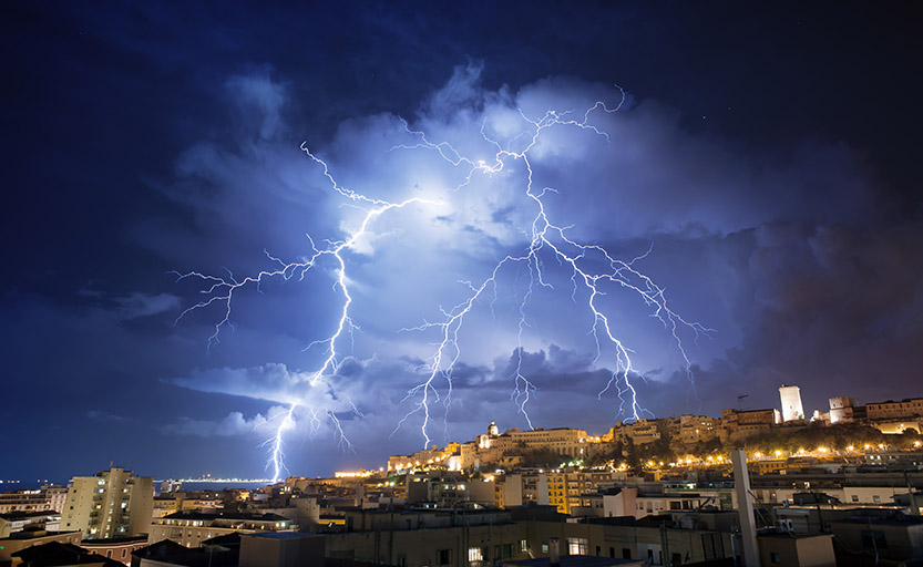 Is there any relation between pollution, climate change and a possible increase in thunderstorms?