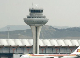 O aeroporto de Madrid-Barajas conta com pára-raios com dispositivo ionizante DAT CONTROLER® PLUS
