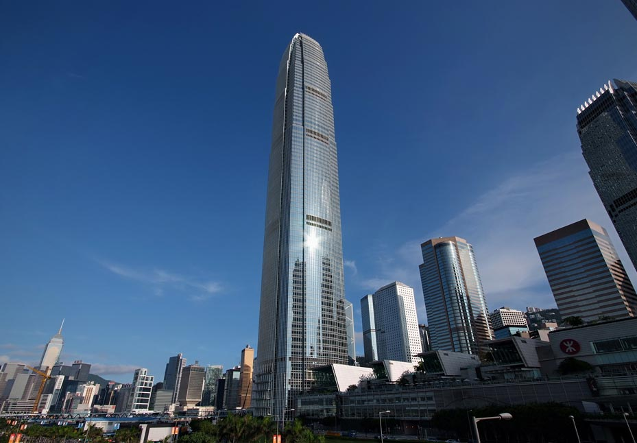 DAT CONTROLER® PLUS lightning rod at the International Commerce Centre of Hong Kong