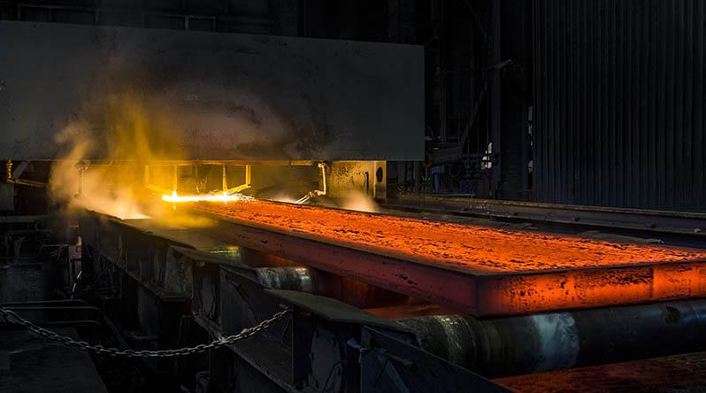 Uma das maiores siderúrgicas da América Latina protegida por dez para-raios nossos