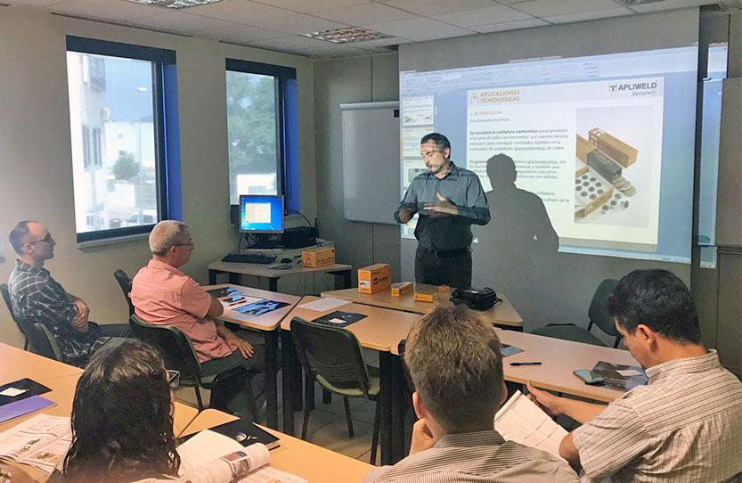 Aplicaciones Tecnológicas imparte formaciones de soldadura aluminotérmica