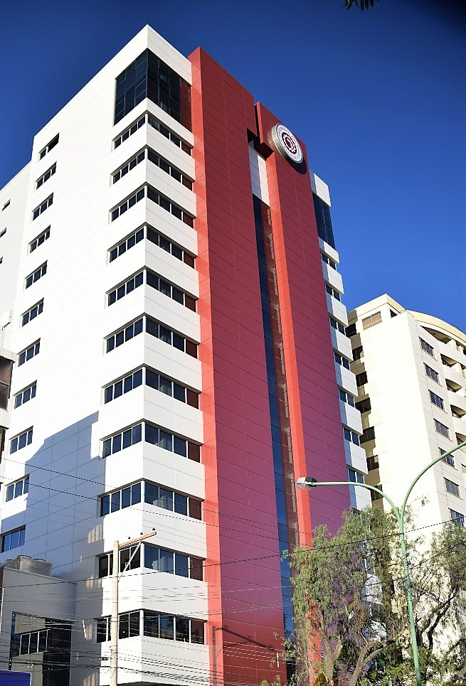 Le paratonnerre d'Aplicaciones Tecnológicas protège l'Université Univalle de Bolivie